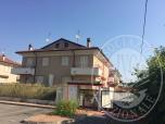 Immagine di Lotto 20_appartamento di 98,00 mq con soffitta, cantina, autorimessa, balcone e giardino, sito in Via Bazzani, Borgo Virgilio (MN).