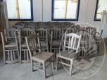 Immagine di Tavoli, panche e sedie (lotto 1)
