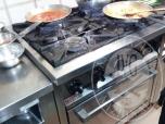 Immagine di arredi ristorante ed elettrodomestici 20925