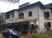 Villa ad CASTIGLION FIBOCCHI - Lotto 1